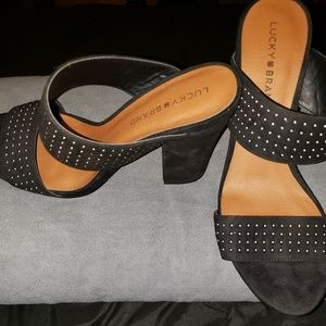 Lucky Brand silver studded black sandals sz 9